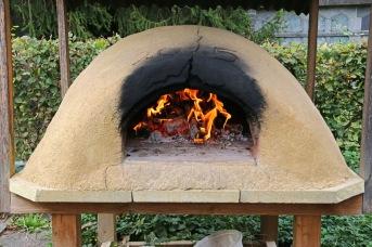 Pizzaofen im Ämtlergarten